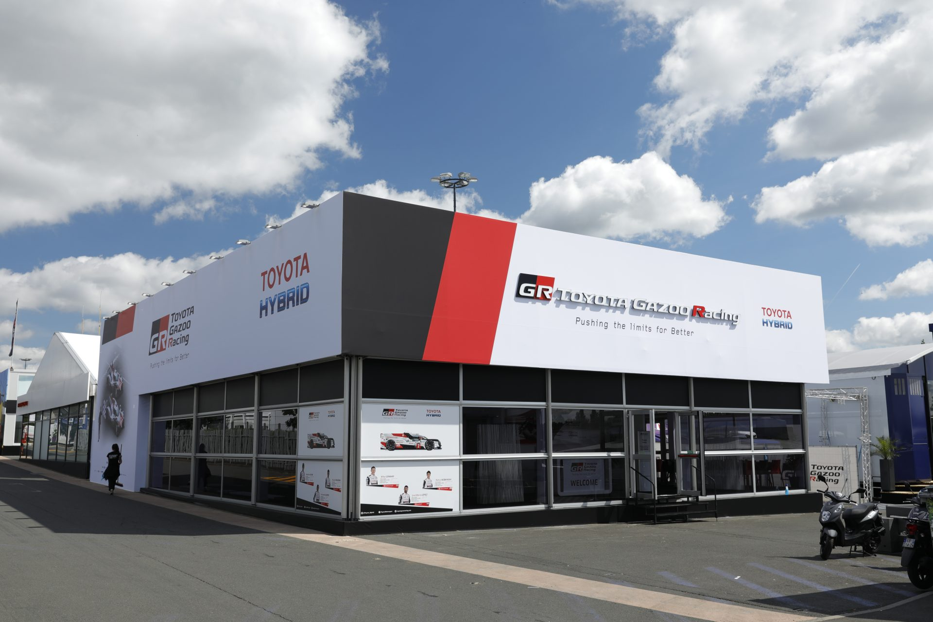Toyota Support Paddock - 24h 2019 - 2019 05 31 (41)